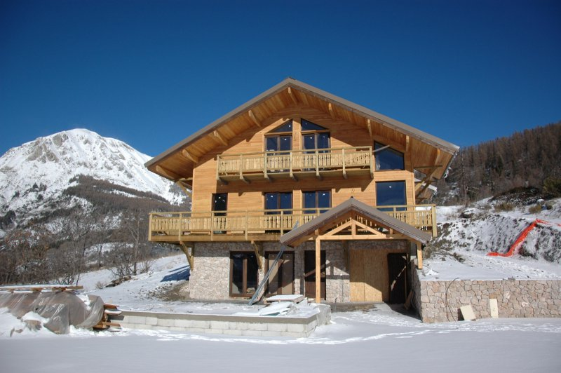 Allos 1500 - Chalets - 3 000€/m2