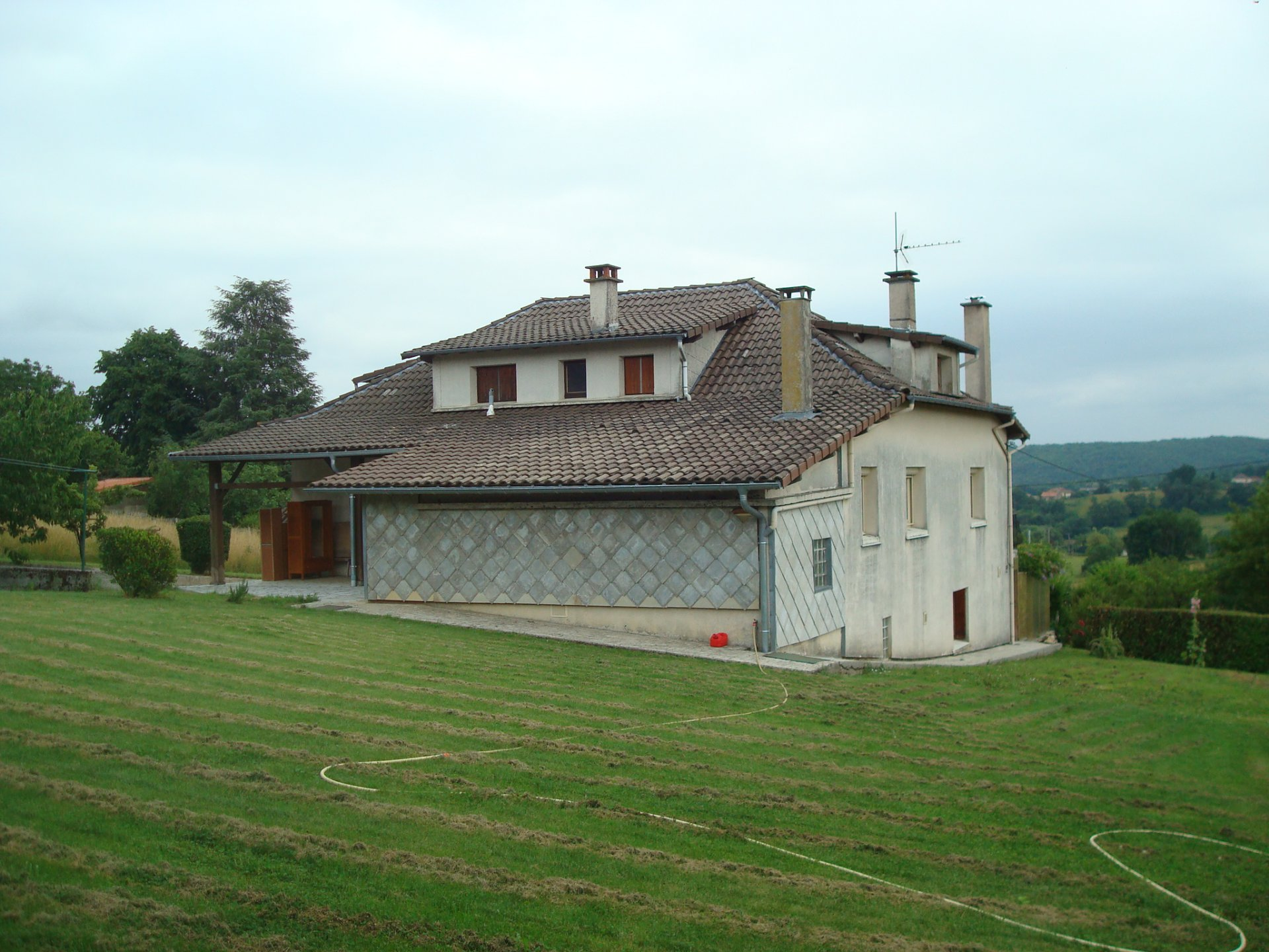 Near Boulogne Sur Gesse, big house of 145 sqm view Pyrenees