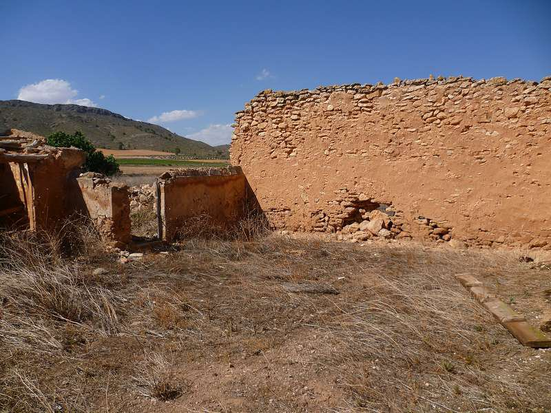 Yecla – Restoration Project, situated in a lovely rural area, close to the town of Yecla,