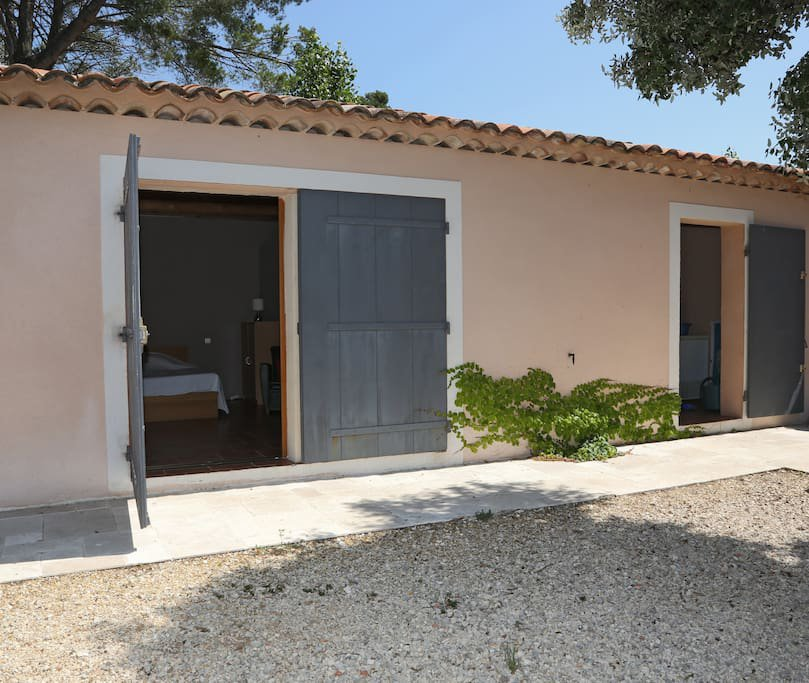 Sillans La Cascade - 3 bed contemporary house + studio indep. Pool and view