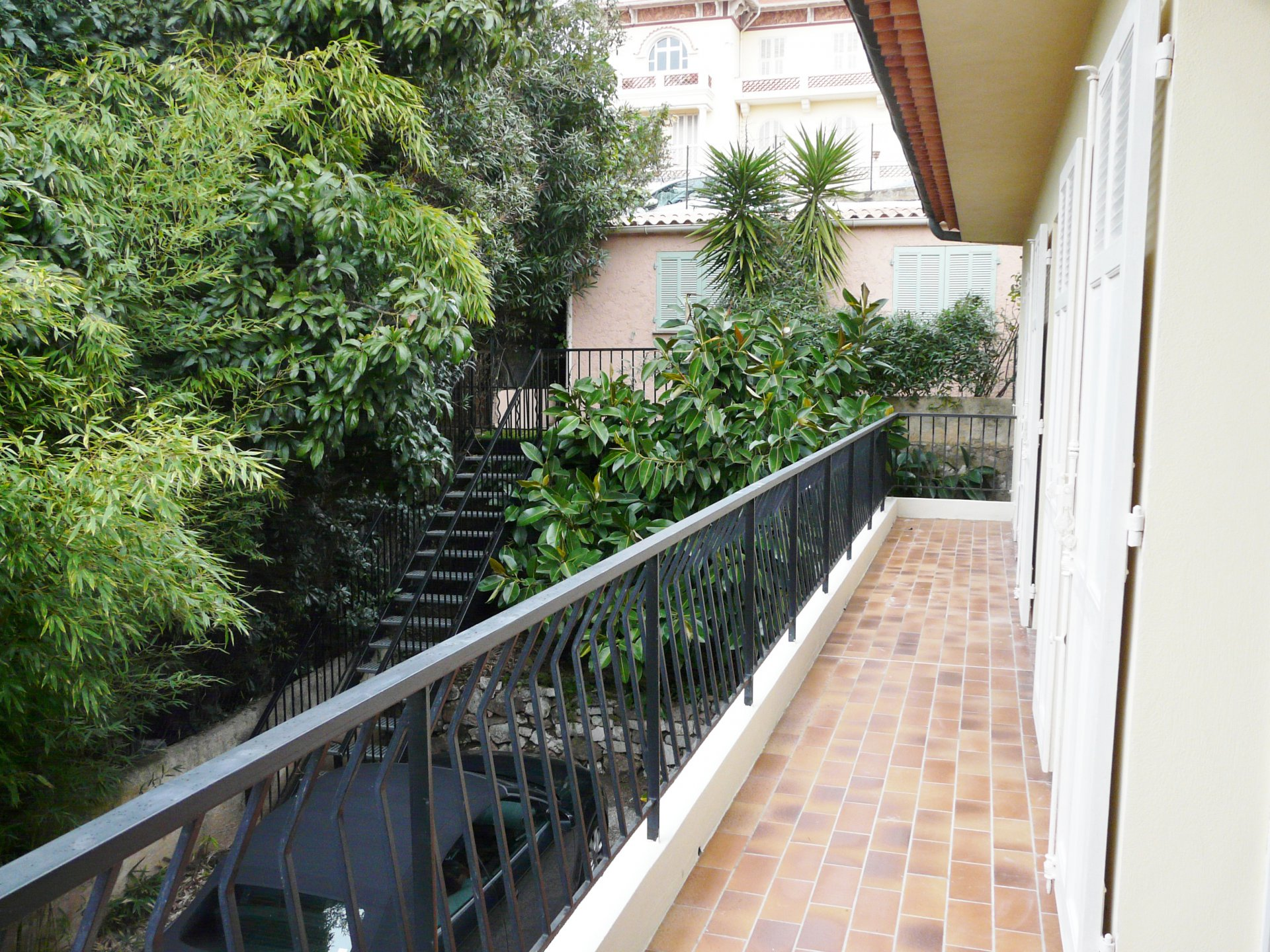 BEAUTIFUL APARTMENT RENOVATED AREA STANISLAS