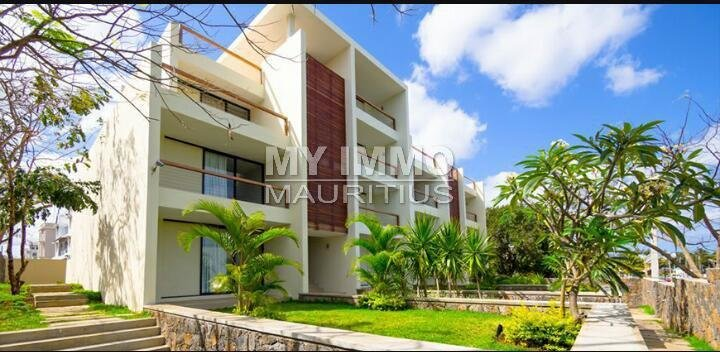 Lot of 2 luxury Mont Choisy apartments