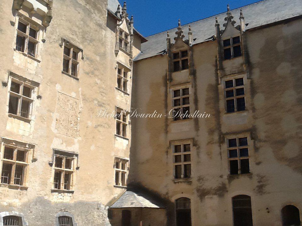 Castle Gréoux-les-Bains