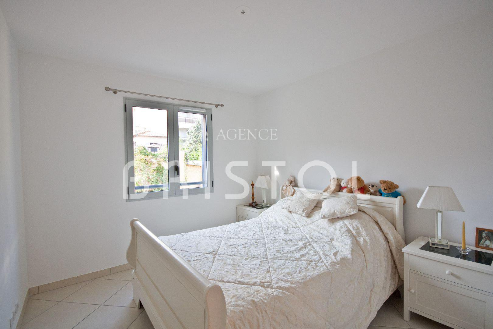Beaulieu sur Mer lovely one bedroom apartment in recent building