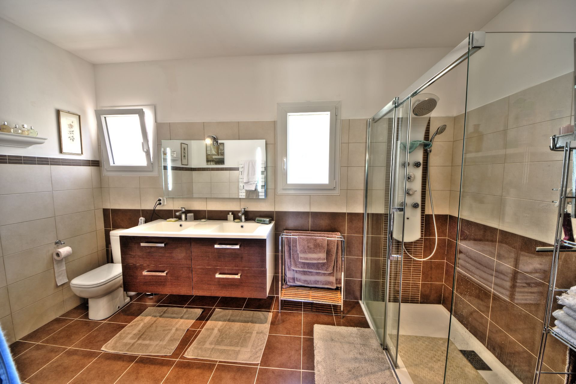 Shower room - quality and bright house with beautiful volumes in Moissac Bellevue Var Provence