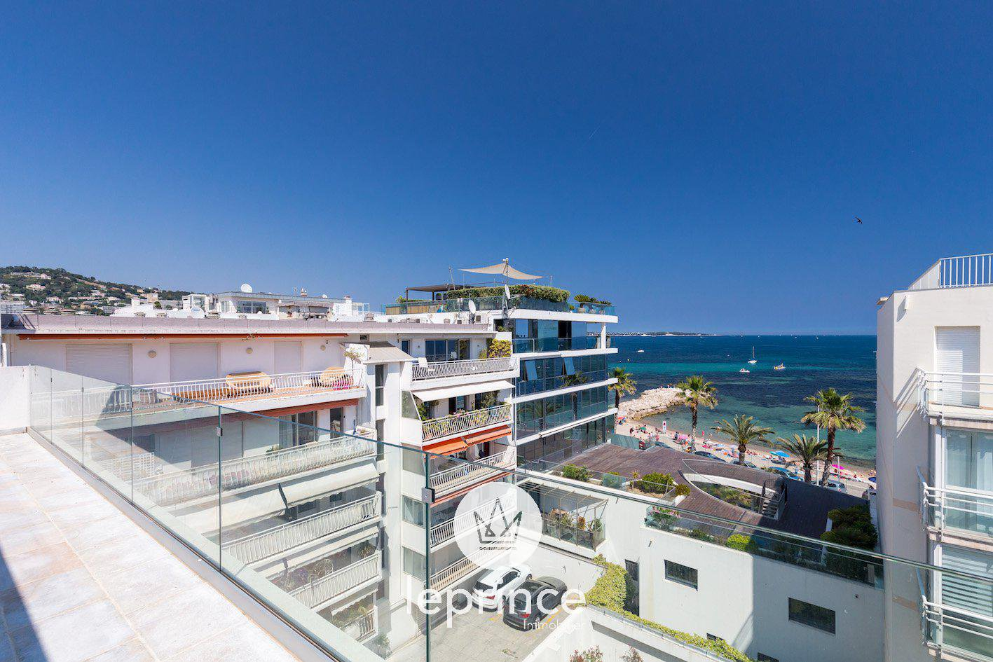 Cannes Palm Beach - Top Floor with Terraces