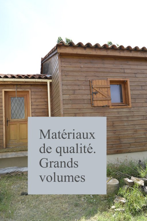 Villa 4 faces T5 sur 1660 m² de terrain + garage