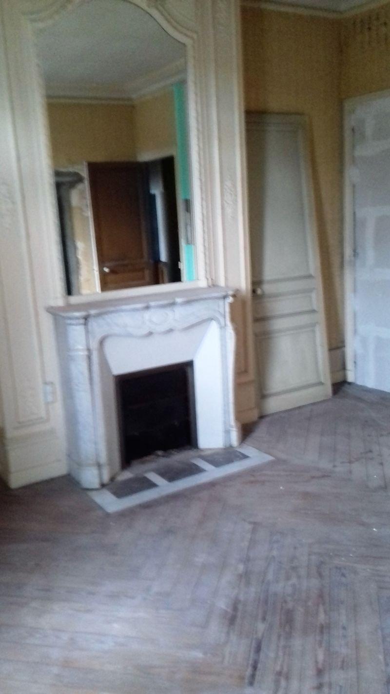 AppartementT1 Rouen gauche 28.56 M2 61700€ a rénover