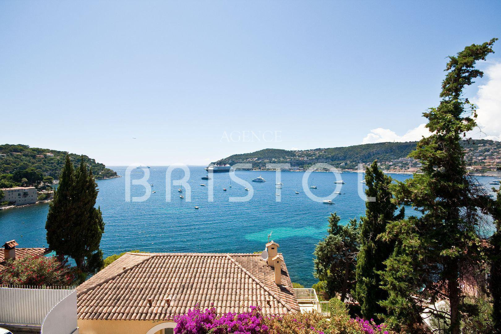 Sale Apartment - Saint-Jean-Cap-Ferrat