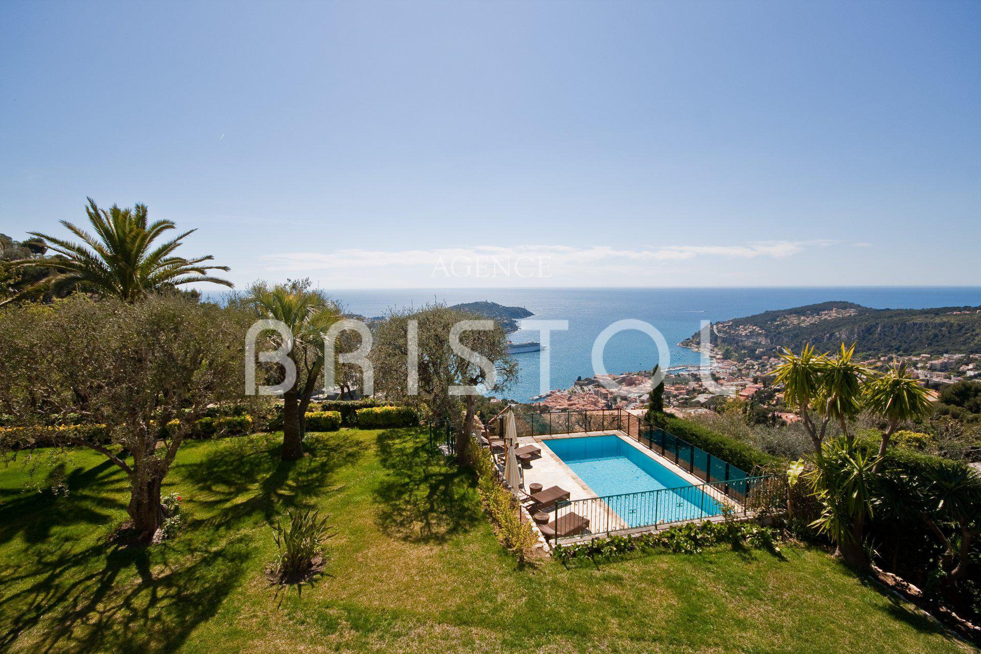 IN VILLEFRANCHE SUR MER -   PROPERTY  FOR SALE  SEA VIEW