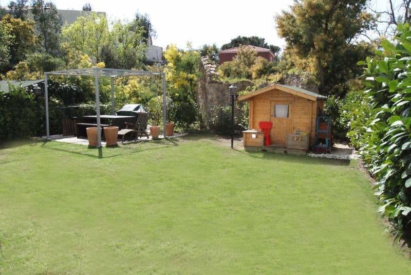 Cannes Croix des Gardes 3 P avec 145 m² de jardin