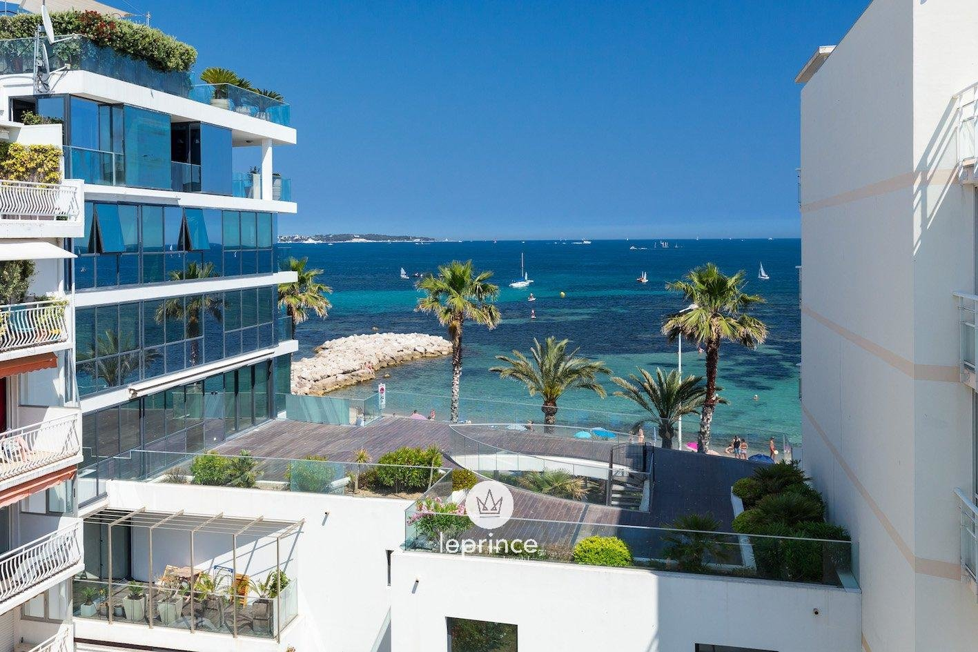 Cannes Palm Beach - Three Bedroom with Terraces