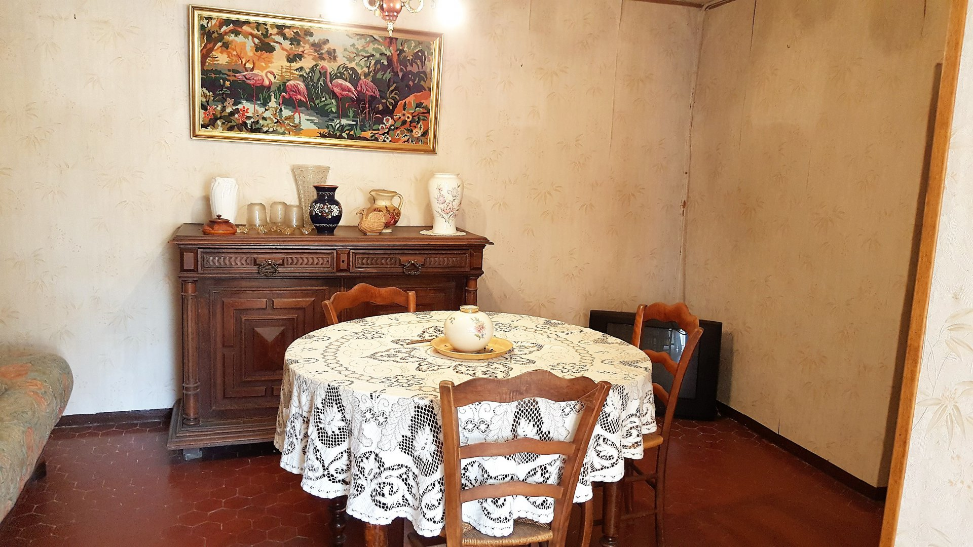 House of village 54m² + 2 storerooms+ Courtyard