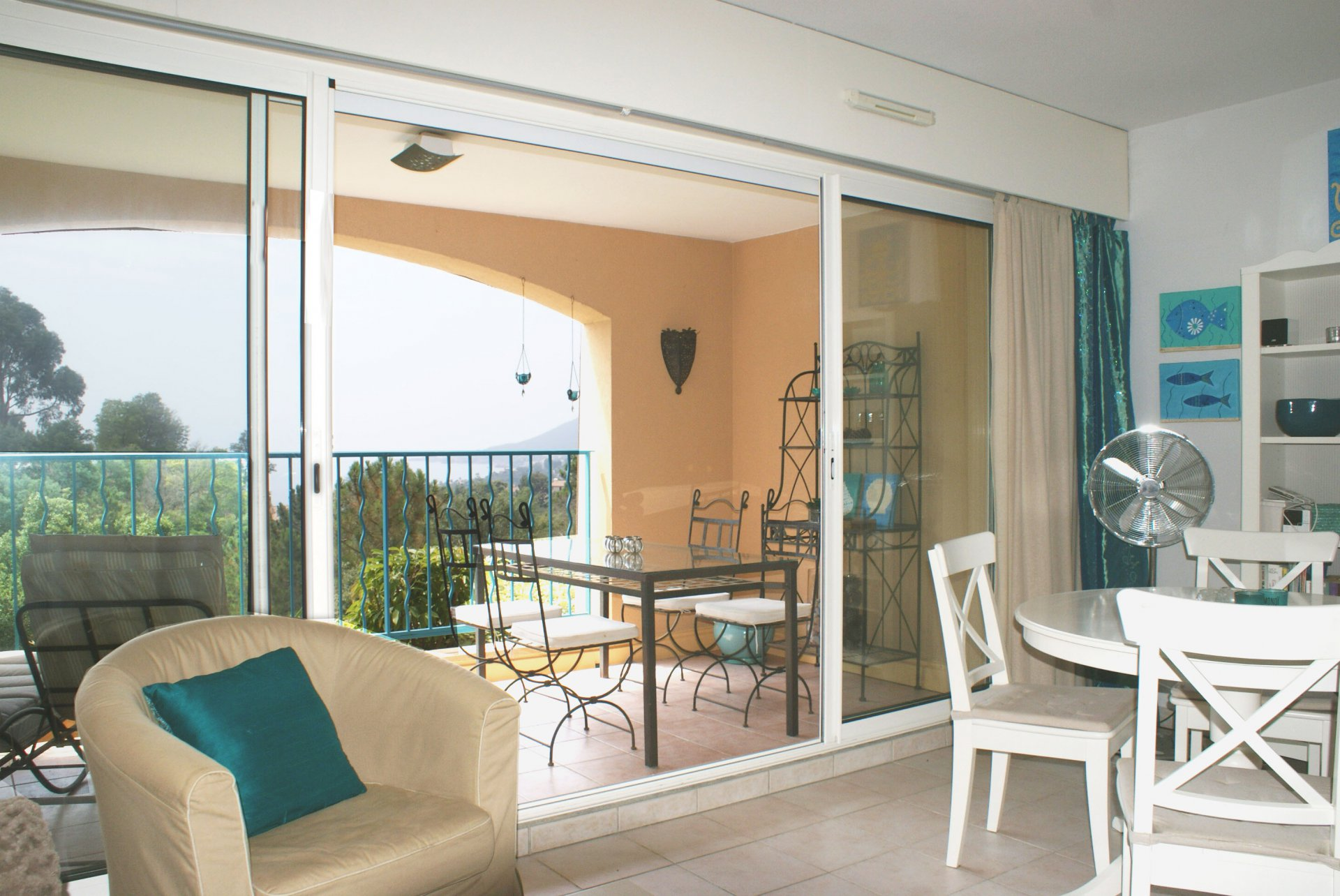 Beautiful 1 bed room appartment with sea view