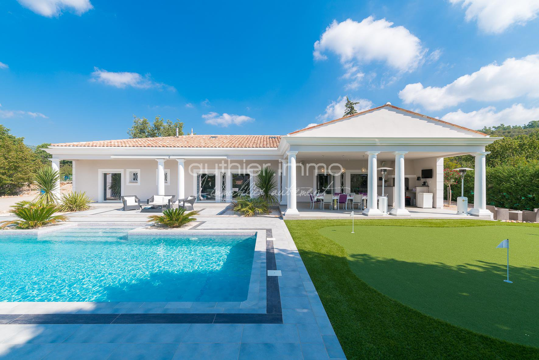Sale Property - Saint-Cézaire-sur-Siagne