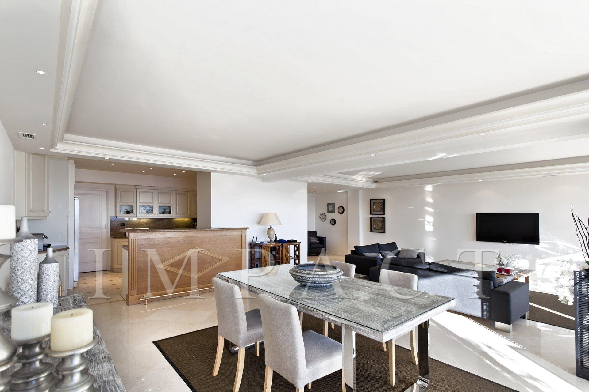 Apartment to rent center of Cannes