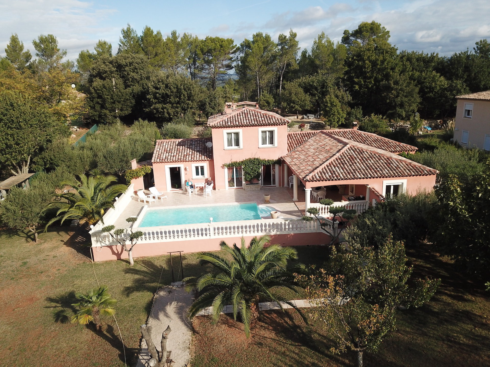Carces, authentic charm for this beautiful Provencal house
