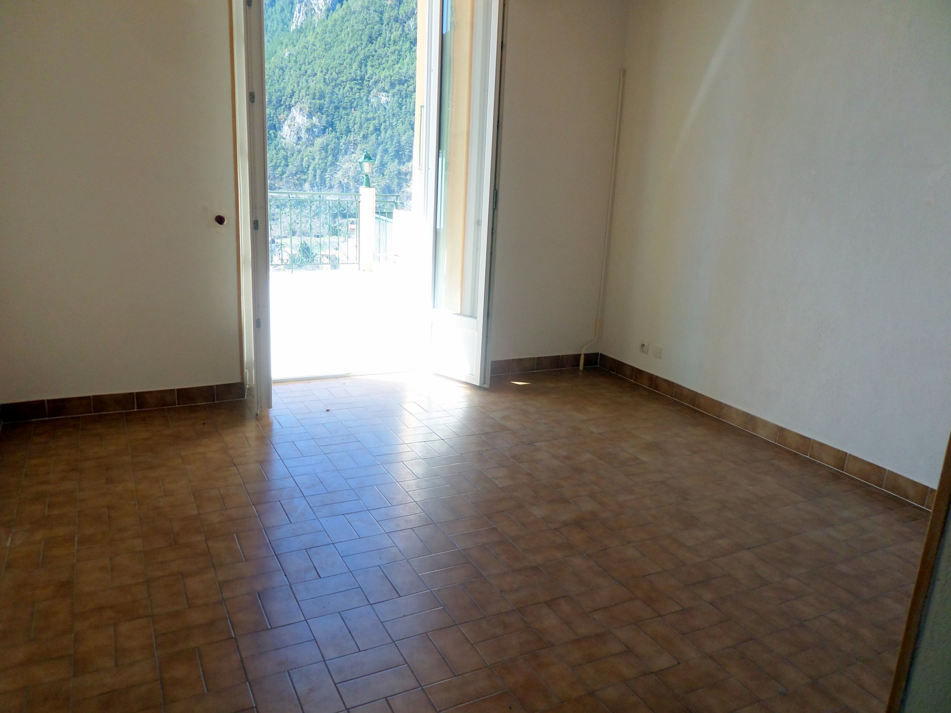Sale Apartment - Saint-Martin-Vésubie