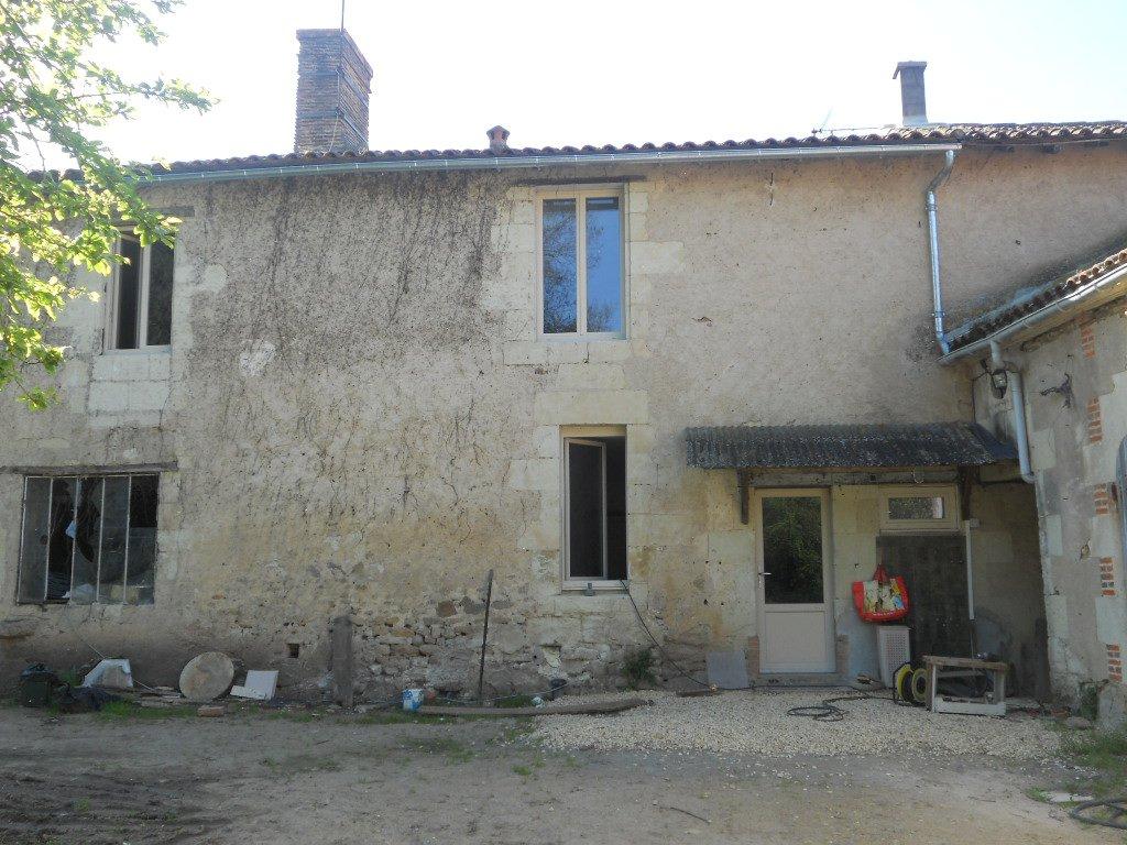 Rental House - Argenton-l'Église