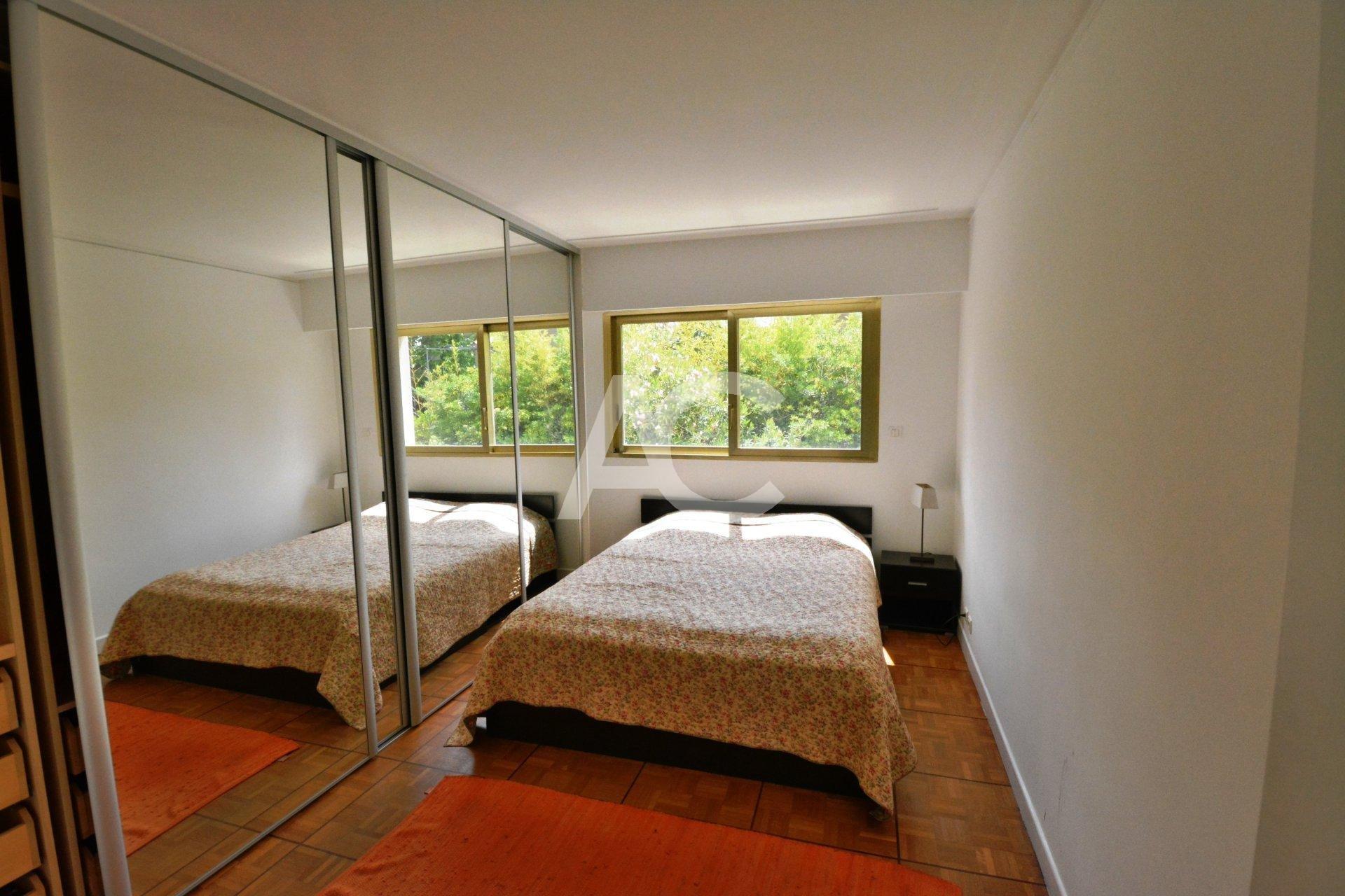 2 bedroom apartment 82 m² - Cap d'Antibes - Salis