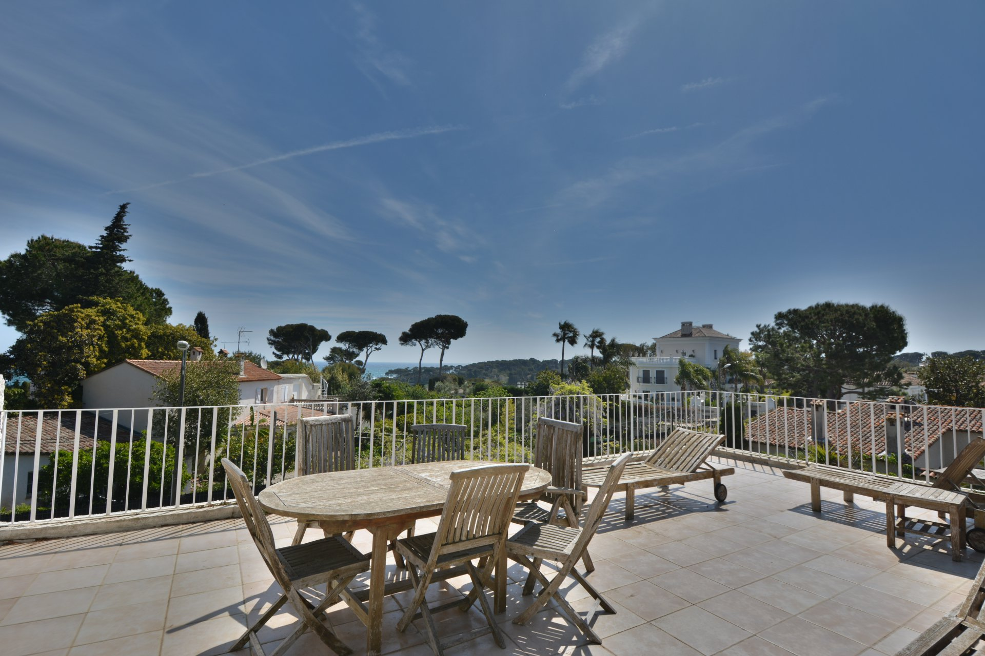 Beautiful villa 5 minutes from Garoupe beach Cap d'Antibes