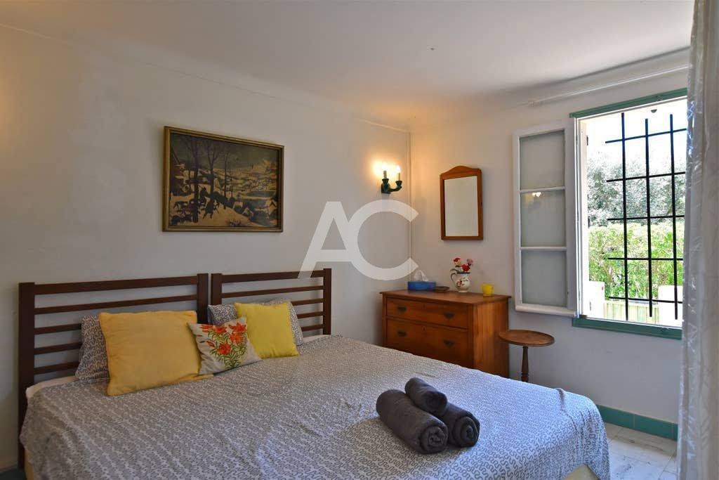 Villa provençale sur le versant ouest Cap d'Antibes