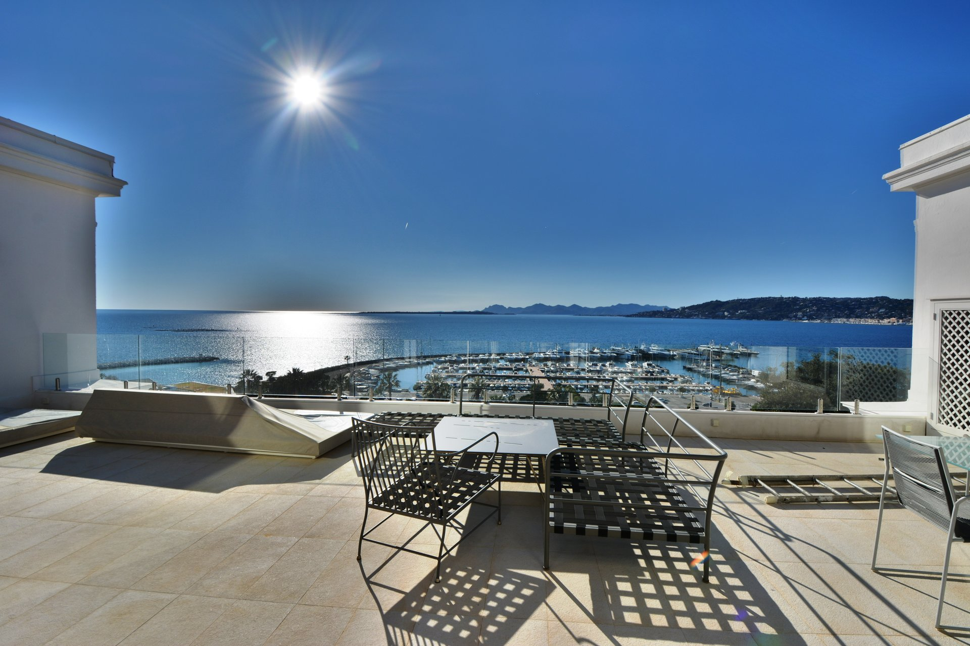 Пентхаус с видом на море рядом с Belles Rives - Жуан ле Пен