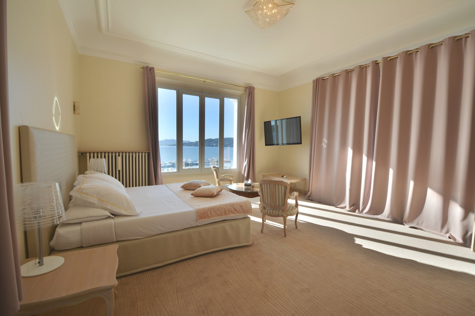 Apartment Belle Epoque - Top floor - Sea views