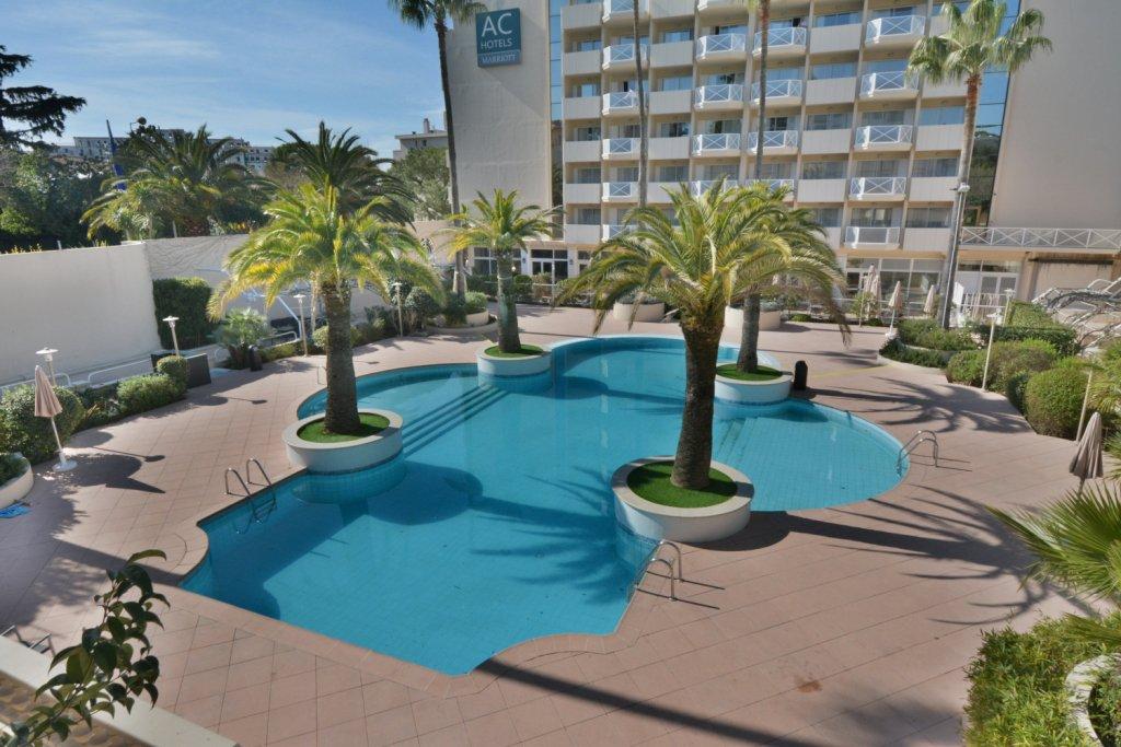 Appartement en location 400m des plages Juan les Pins