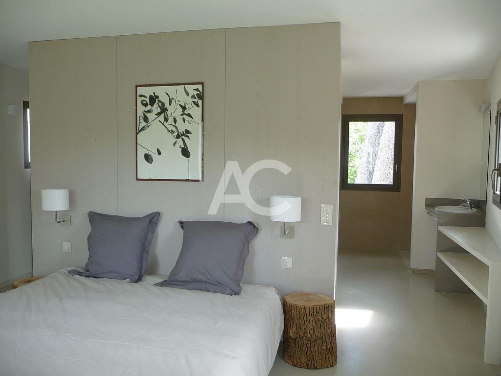 Superbe villa contemporaine proche des plages de la Garoupe