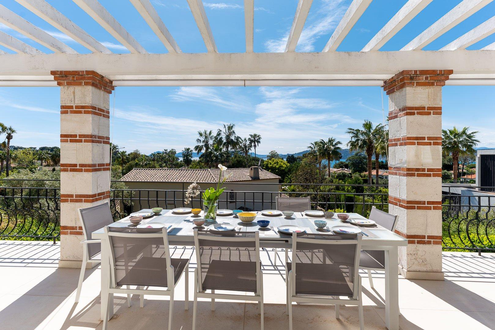 Villa dans domaine fermé - Versant ouest Cap d'Antibes