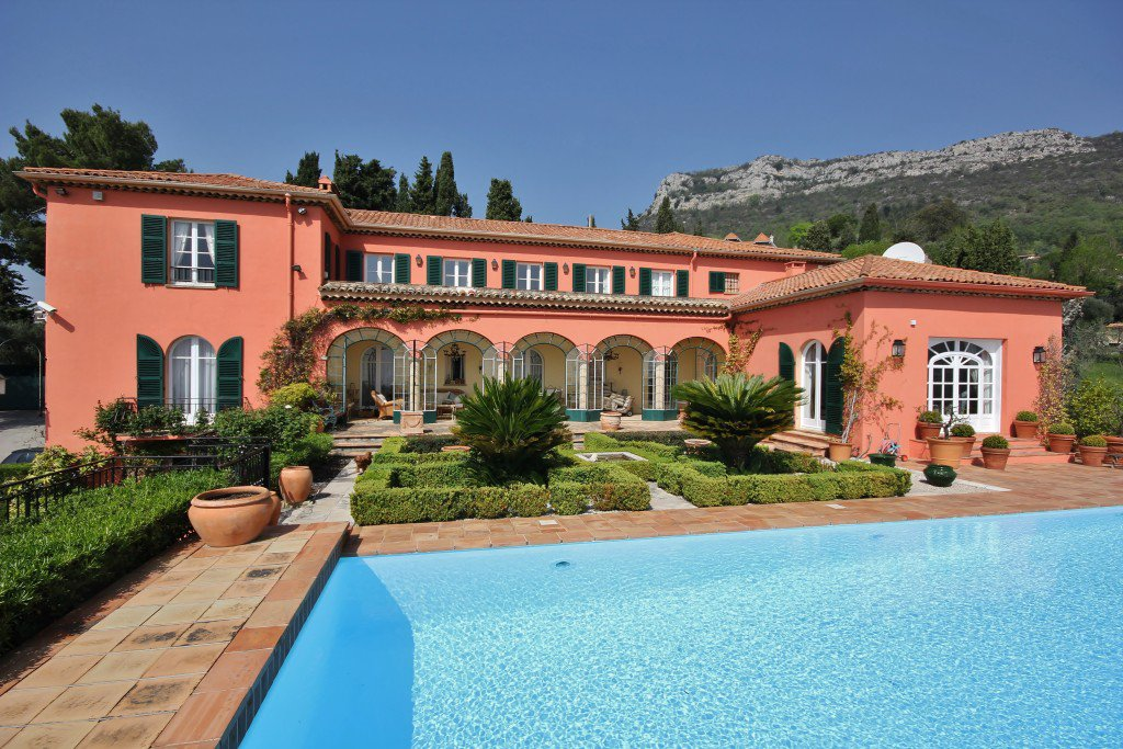 Magnificent Italian style mansion with panoramic views, Vence