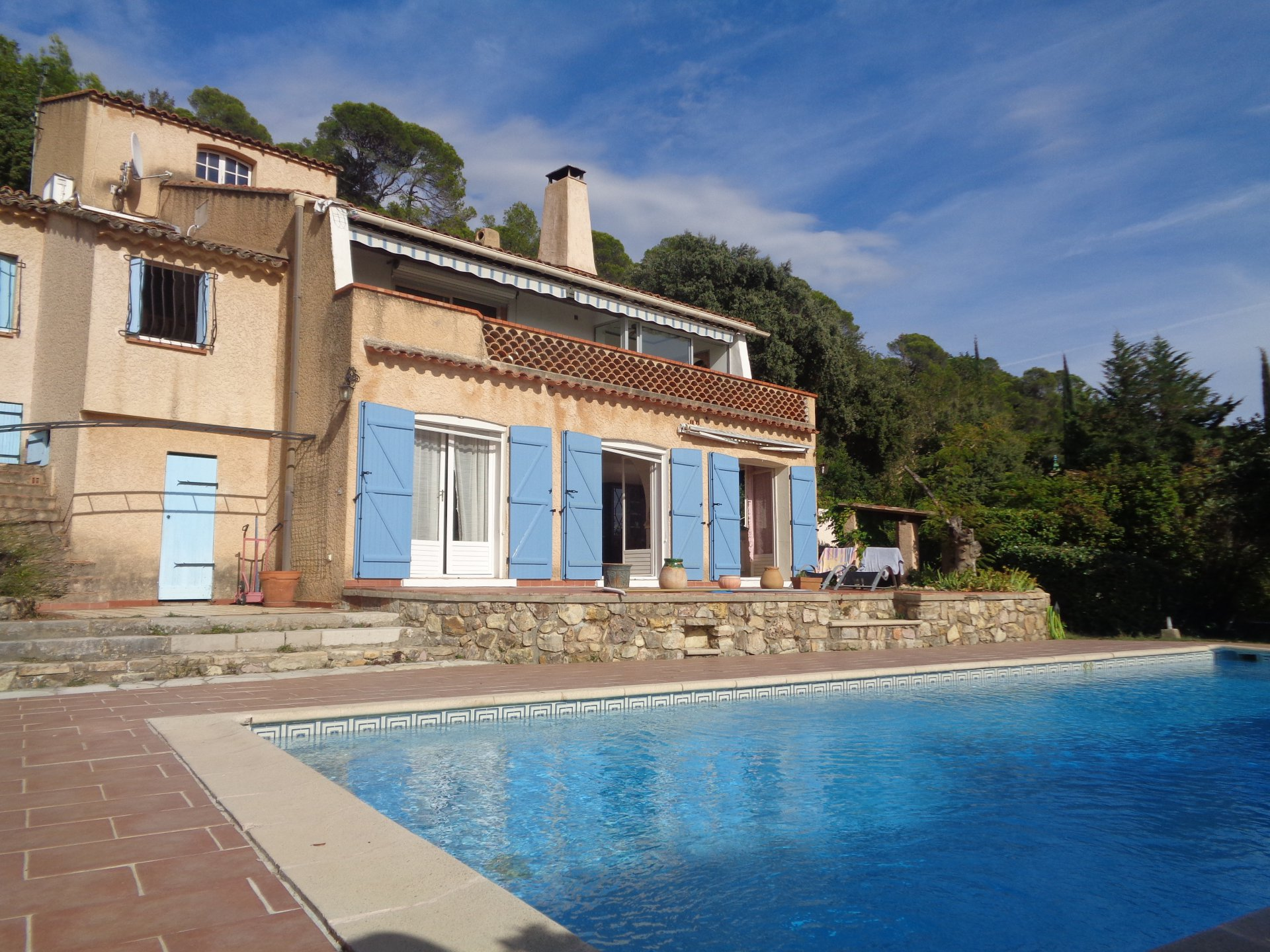 Charming house with panoramic view ideal for rental