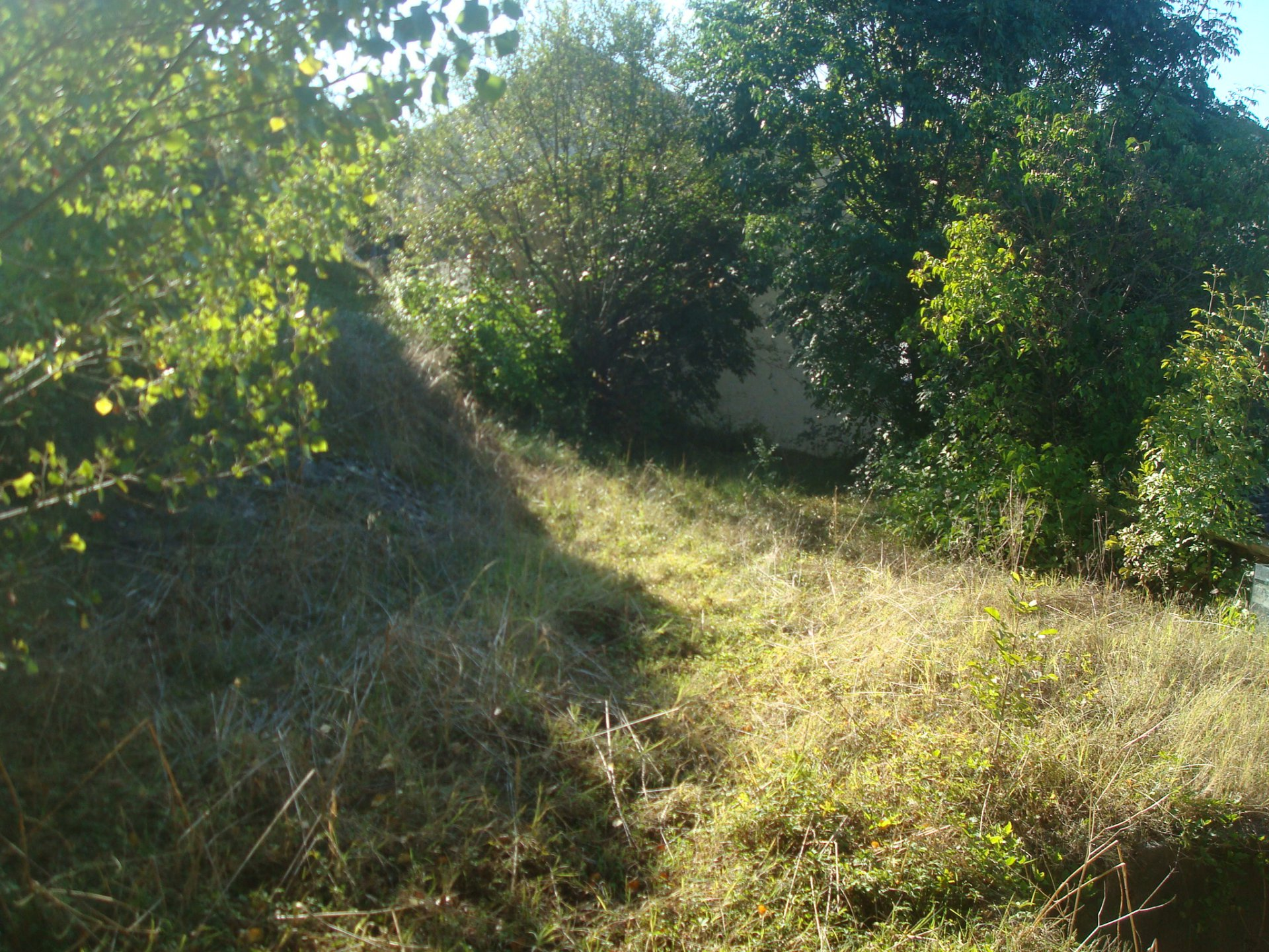 592 m² of land in the heart of Aurignac