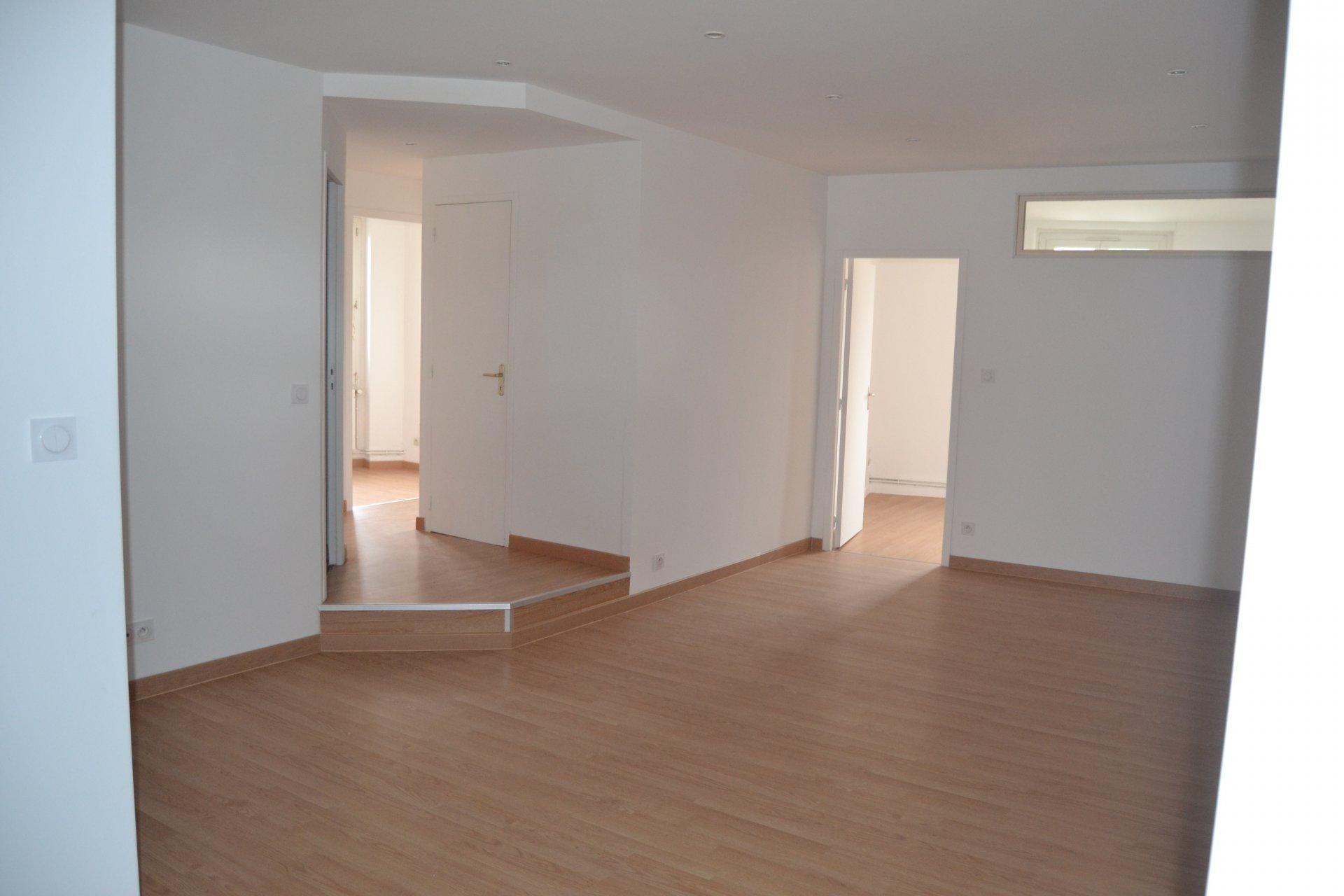 FRAISSES- Appartement T4 85 m²
