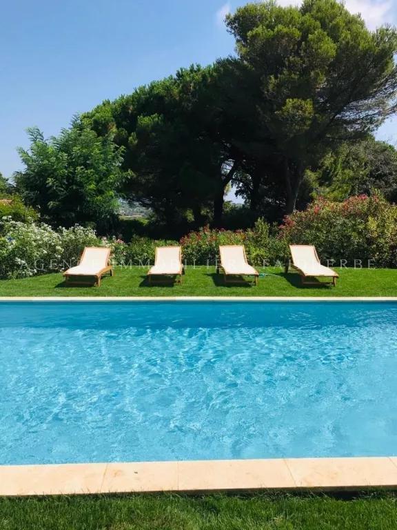 """Villa mit Schwimmbad """"route des Salins"""""""