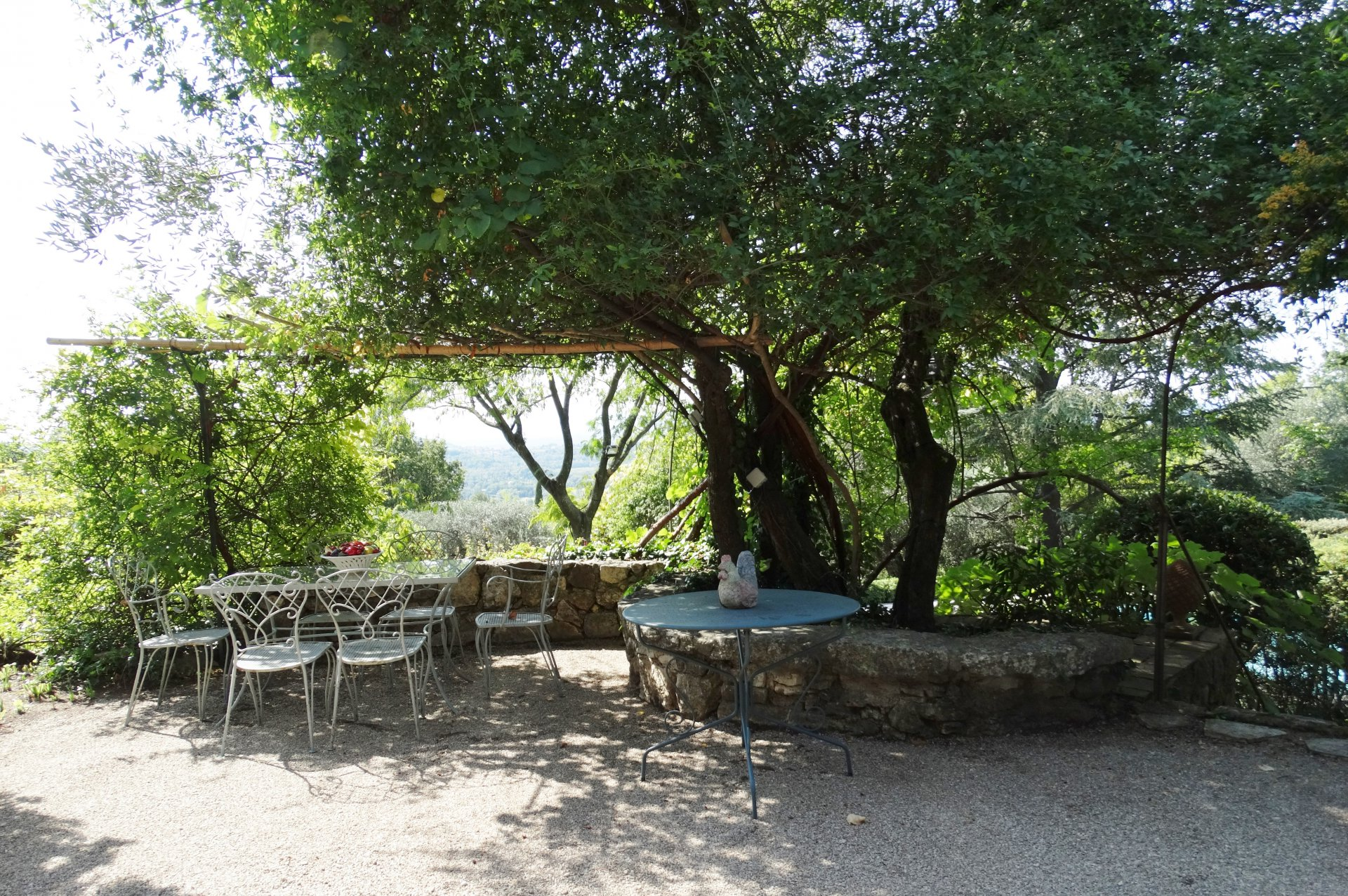 A TUSCAN PARADISE  IN CHATEAUNEUF DE GRASSE