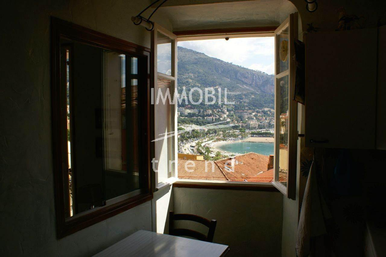 Mento old city - One bedroom with stunning sea view