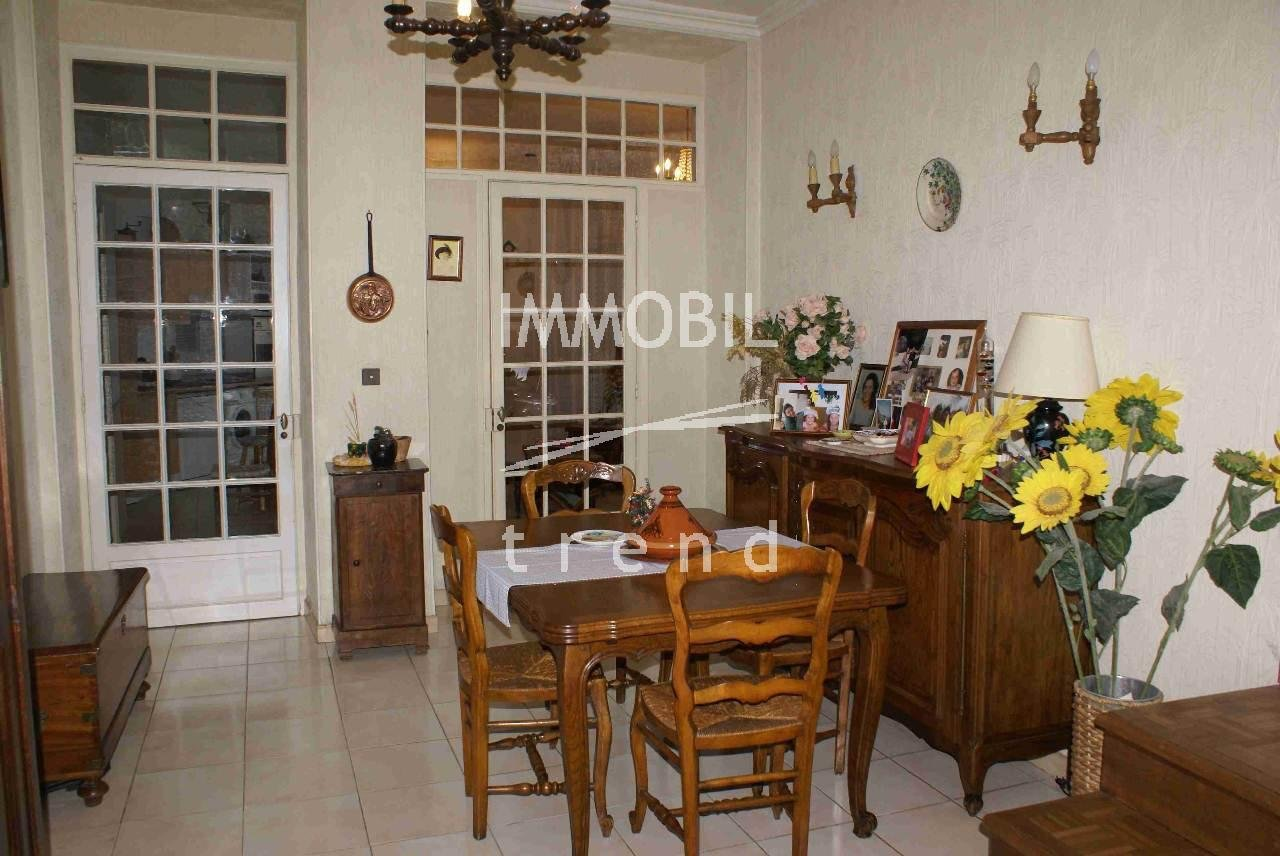 FOR SALE 3 BEDROOMS APARTMENT MENTON TOWN CENTER.