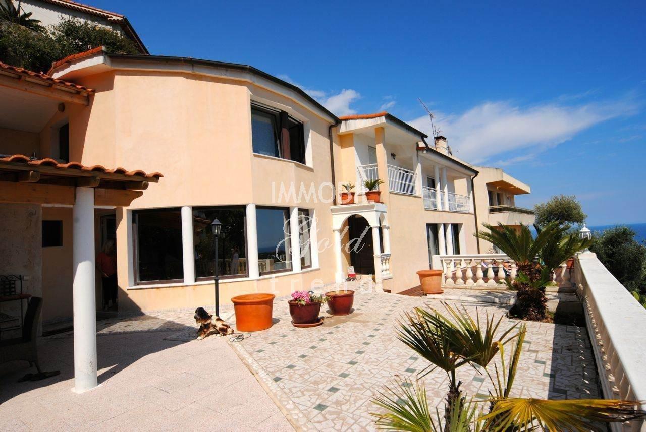 Location Maison - Roquebrune-Cap-Martin