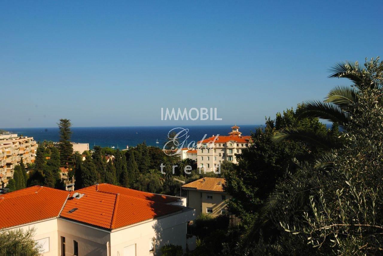 Immobiliare mentone in vendita prestigioso appartamento in villa con vista mare panoramica - Agenzie immobiliari mentone ...