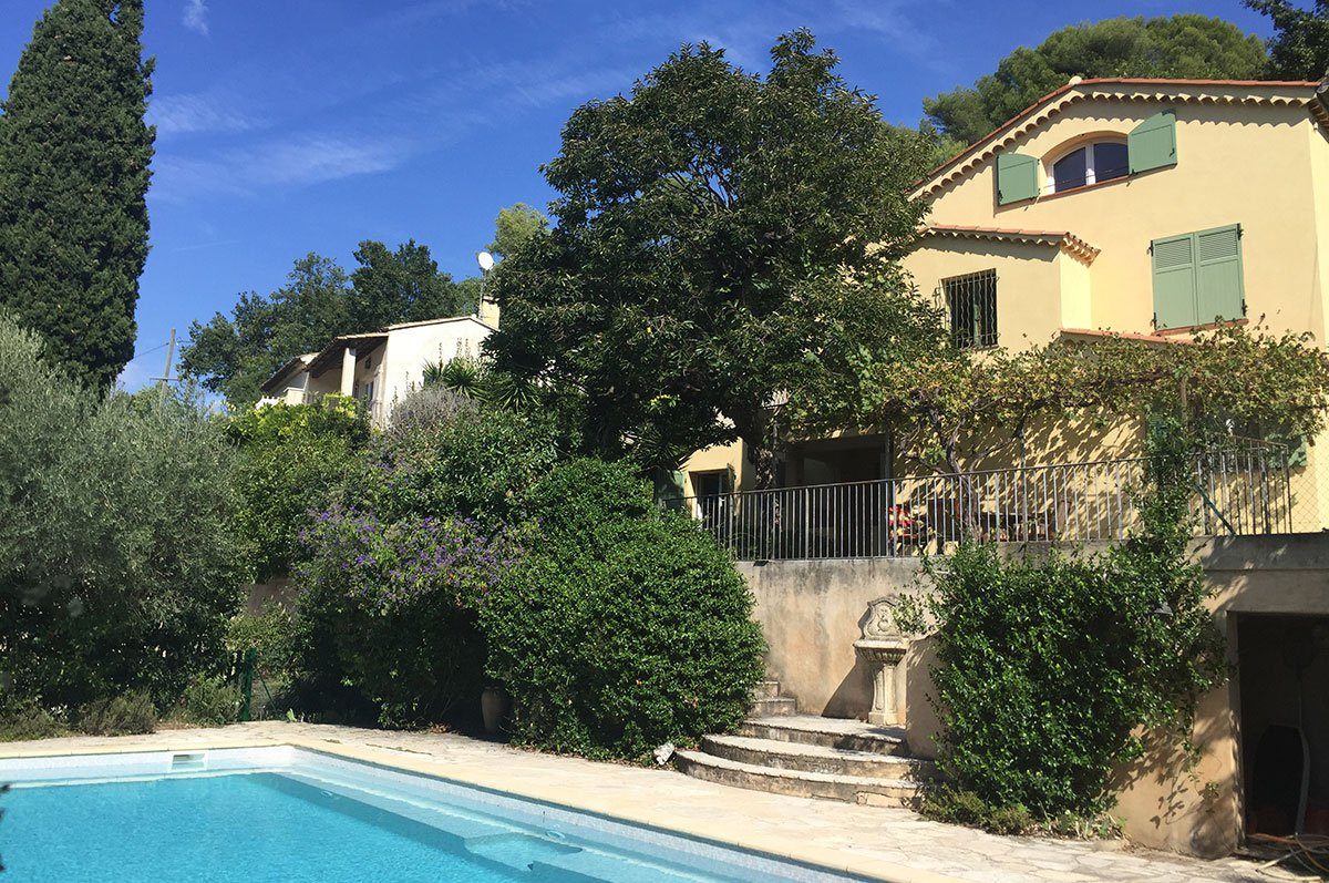 Villa for sale - 5 beds - St Paul de Vence
