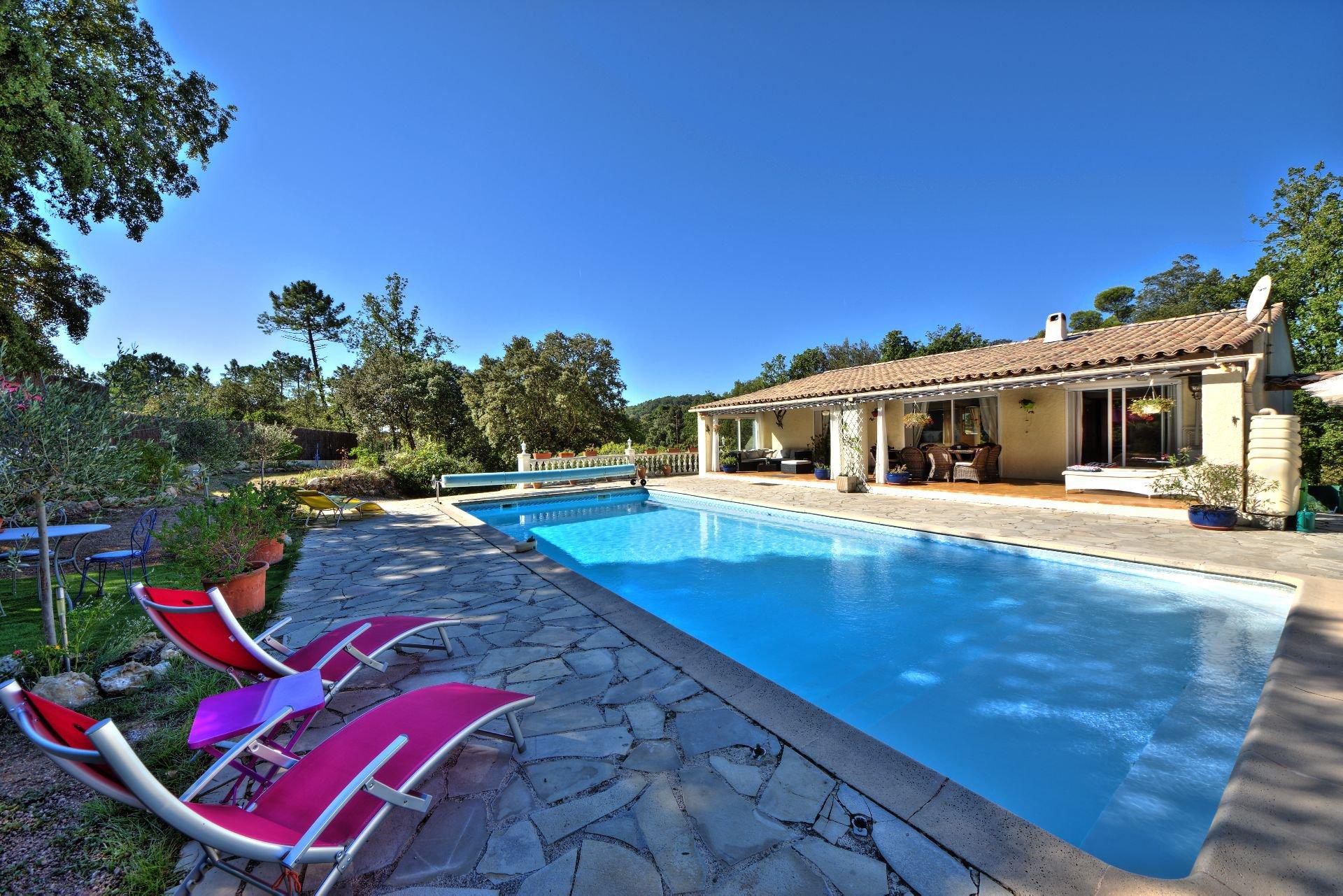 Villa 162 m² pool two apartments Sillans la Cascade, Var