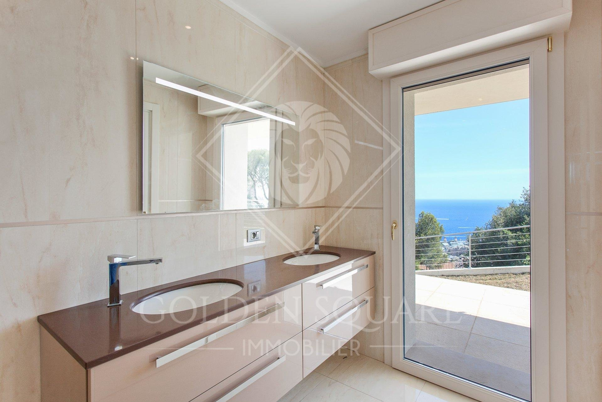 BEAUSOLEIL - 3 BEDROOM - CONTEMPORARY VILLA OVERLOOKING MONACO