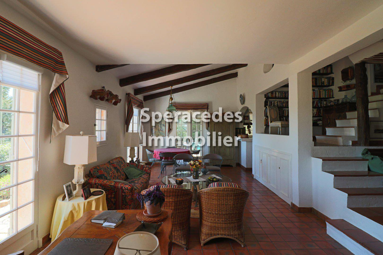 Cabris villa with panoramic sea view