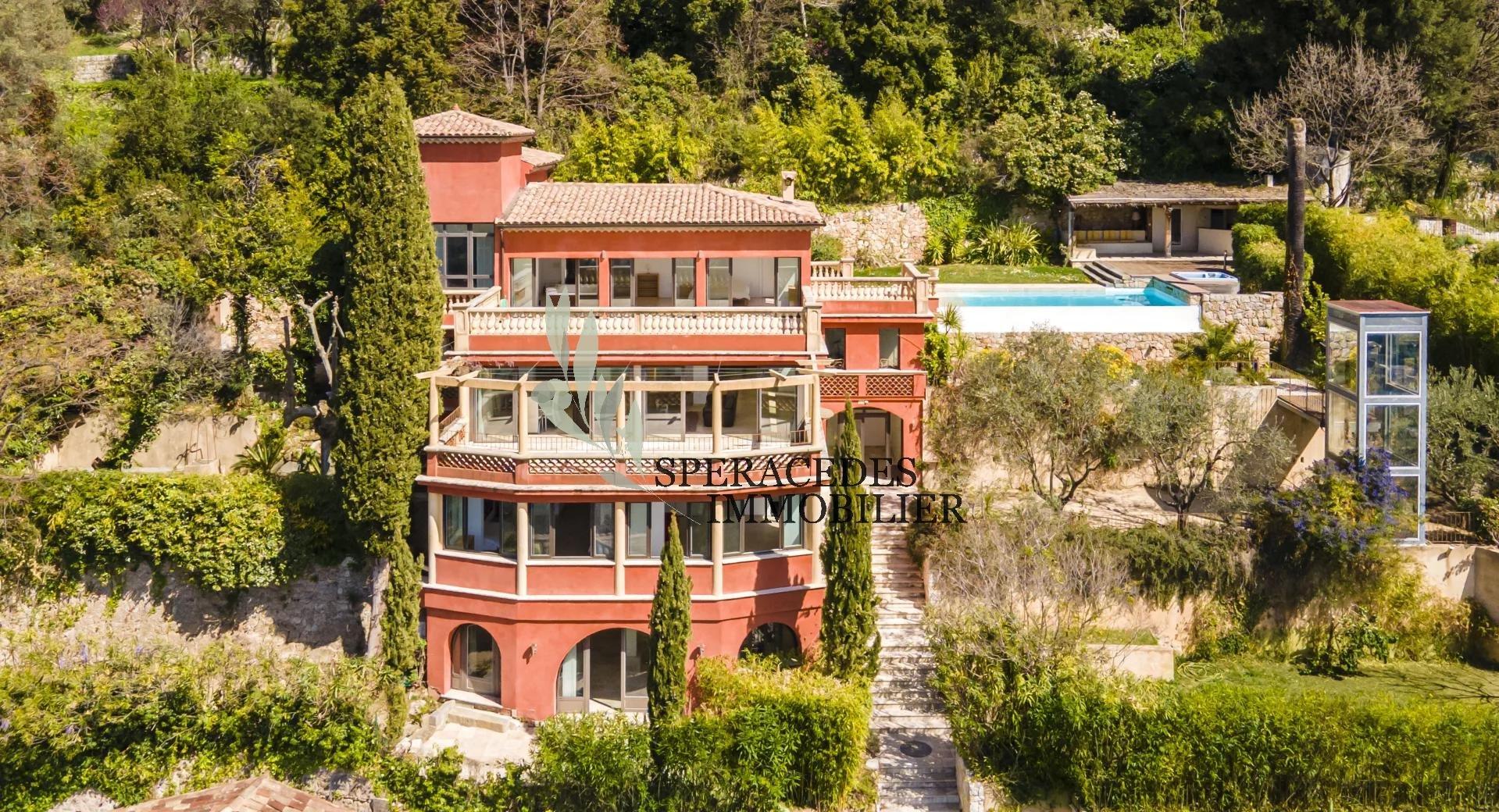 Grasse Luxus Immobilien  Panoramablick auf das Meer