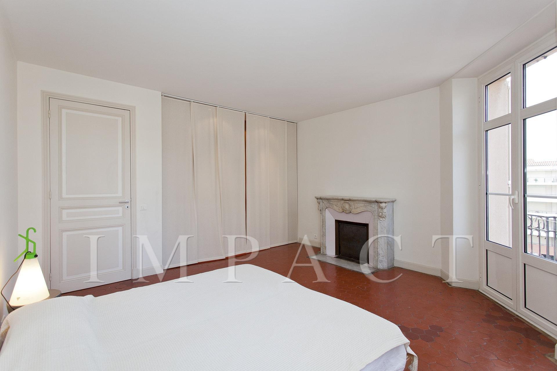 Appartement  3 chambres à louer en plein centre de Cannes