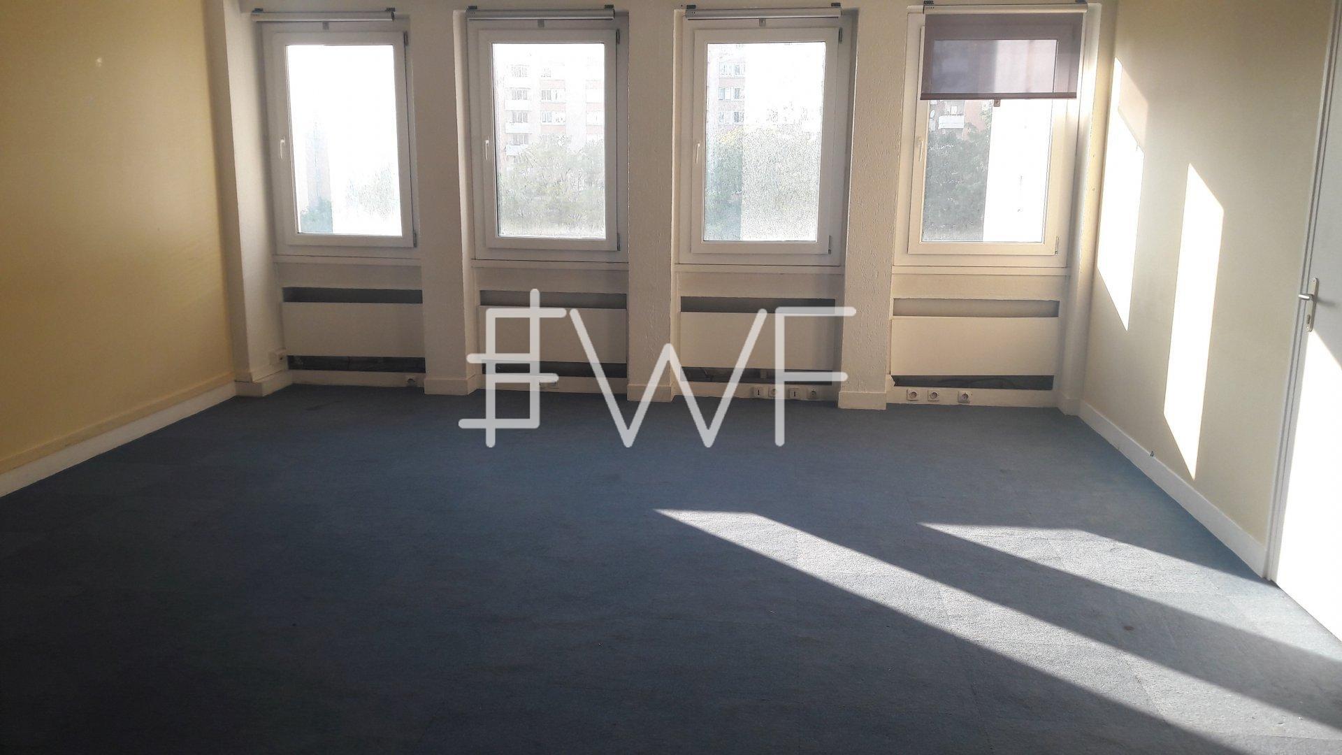 Bureaux 268 m²