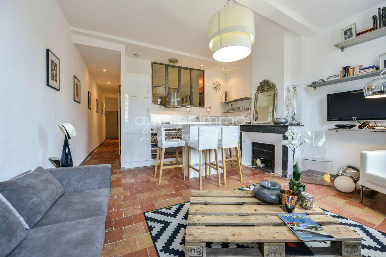 Sale Apartment - Antibes Vieil Antibes