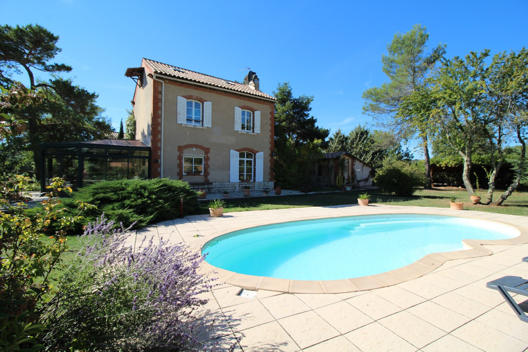 Close to Cotignac, a property full of charm